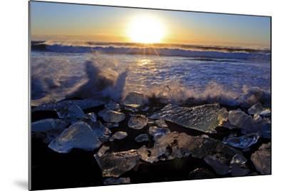 Iceland, Iceland, the South, Jökulsarlon, Breidamerkurjökull, Ice in the Breidamerkursandur-Bernd Rommelt-Mounted Photographic Print
