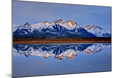 North America, the Usa, Alaska, Copper River Delta, Chugach Mountains-Bernd Rommelt-Mounted Photographic Print