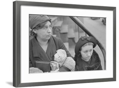 Bystanders in Bethlehem, Pennsylvania, 1936-Walker Evans-Framed Photographic Print