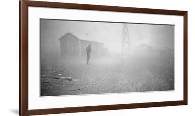 Dust storm New Mexico, 1935-Dorothea Lange-Framed Photographic Print