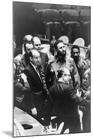 Fidel Castro at a meeting of the United Nations General Assembly, 1960-Warren K^ Leffler-Mounted Photographic Print