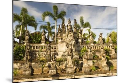 Kubutambahan, Temple Pura Meduwe Karang-Christoph Mohr-Mounted Photographic Print