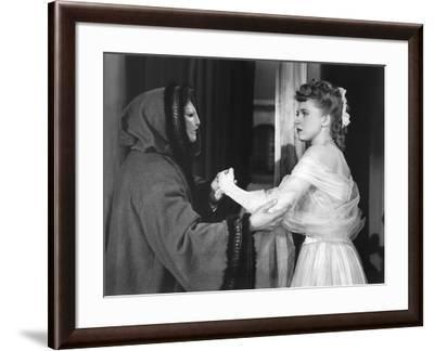 Le Fantome by l'Opera THE PHANTOM OF THE OPERA by Arthur Lubin with Claude Rains and Susanna Foster--Framed Photo