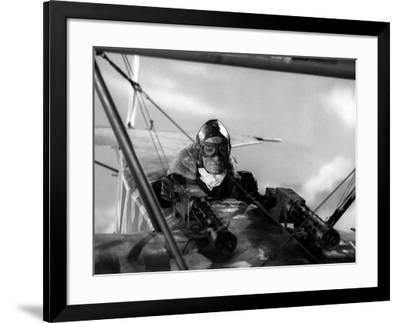 Le crepuscule des aigles (THE BLUE MAX) by JohnGuillermin with Jeremy Kemp, 1966 (b/w photo)--Framed Photo