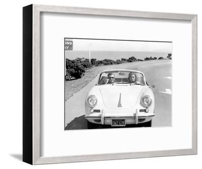 BULLITT by Peter Yates with Steve McQueen and Jacqueline Bisset (voiture decapotable Porsche 356 C --Framed Photo