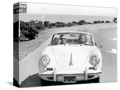 BULLITT by Peter Yates with Steve McQueen and Jacqueline Bisset (voiture decapotable Porsche 356 C --Stretched Canvas Print