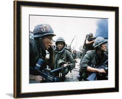 FULL METAL JACKET, 1987 directed by STANLEY KUBRICK Arliss Howard / Matthew Modine (photo)--Framed Photo