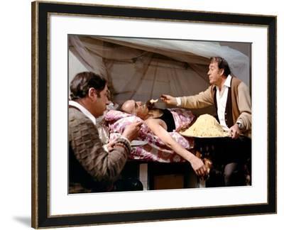 LA GRANDE BOUFFE, 1973 directed by MARCO FERRERI Philippe Noiret, Michel Piccoli and Ugo Tognazzi (--Framed Photo