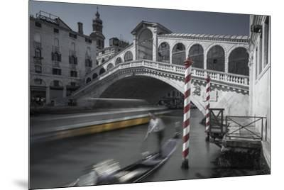 Gondolero-Moises Levy-Mounted Giclee Print