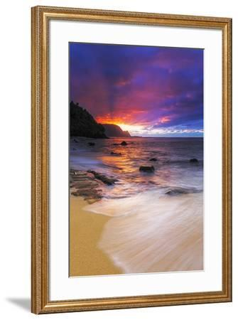 Sunset over the Na Pali Coast from Hideaways Beach, Princeville, Kauai, Hawaii, USA-Russ Bishop-Framed Premium Photographic Print