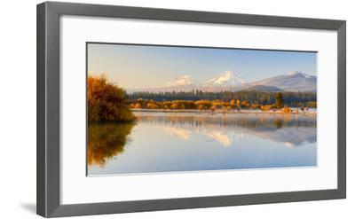 USA, Oregon, Bend. Black Butte Ranch, fall foliage and Cascade Mountains-Hollice Looney-Framed Photographic Print