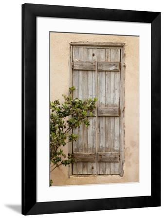 Greece, Crete, Chania, doorway-Hollice Looney-Framed Premium Photographic Print