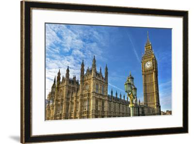 Big Ben, Parliament, and Lamp Post, Westminster, London, England.-William Perry-Framed Premium Photographic Print