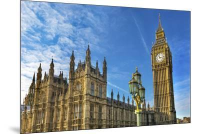 Big Ben, Parliament, and Lamp Post, Westminster, London, England.-William Perry-Mounted Premium Photographic Print