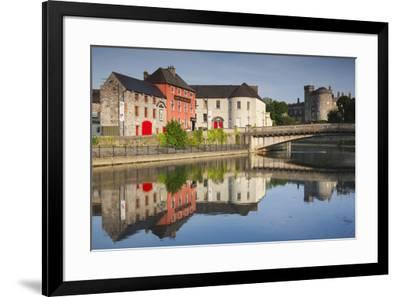 Ireland, County Kilkenny, pubs along River Nore and Kilkenny Castle-Walter Bibikow-Framed Premium Photographic Print