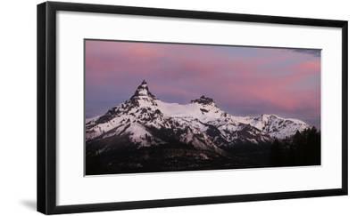 USA, Wyoming. Sunrise above the Absaroka Range.-Jaynes Gallery-Framed Photographic Print