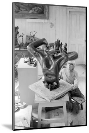 Leon Underwood in his studio with 'Phoenix for Europe', c.1971-72--Mounted Photographic Print