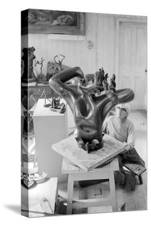 Leon Underwood in his studio with 'Phoenix for Europe', c.1971-72--Stretched Canvas Print