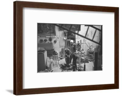 Leon Underwood in his studio with 'Phoenix for Europe', 1969--Framed Photographic Print
