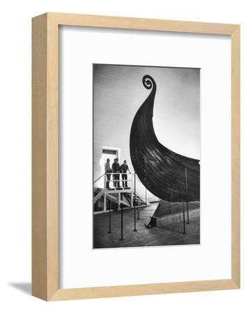 """The """" Oseberg boat"""", a Viking ship now in the Viking-skipshuset Museum in Oslo, Norway.-Erich Lessing-Framed Photographic Print"""