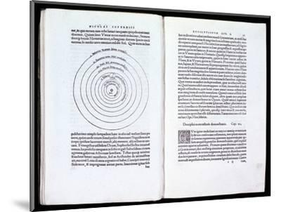 Copernicus' heliocentric model of the Universe, 1543. Artist: Unknown-Unknown-Mounted Giclee Print