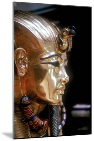 Gold mask of Tutankhamun on the second coffin. Artist: Unknown-Unknown-Mounted Giclee Print