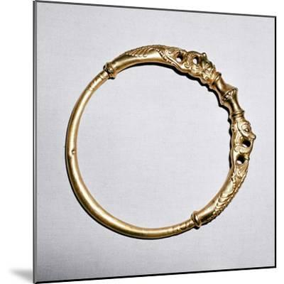 Celtic gold torc, Ersfield, Switzerland, 5th - 4th century BC. Artist: Unknown-Unknown-Mounted Giclee Print