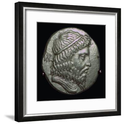 Gold Stater of King Andragoras of Parthia, 3rd century BC. Artist: Unknown-Unknown-Framed Giclee Print