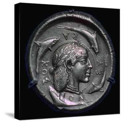 Decadrachm of Syracuse of the fifth century BC. Artist: Unknown-Unknown-Stretched Canvas Print