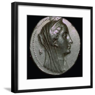 Gold coin of Arsinoe II, 3rd century BC. Artist: Unknown-Unknown-Framed Giclee Print