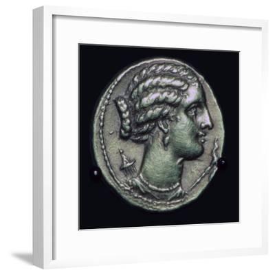 Gold half-stater of Pyrrhus of Epirus, 3rd century BC.-Unknown-Framed Giclee Print