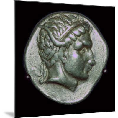 Gold stater of Antiochus I, 3rd century BC. Artist: Unknown-Unknown-Mounted Photographic Print