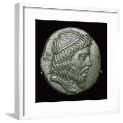 Gold Stater of King Andragoras of Parthia. Artist: Unknown-Unknown-Framed Giclee Print