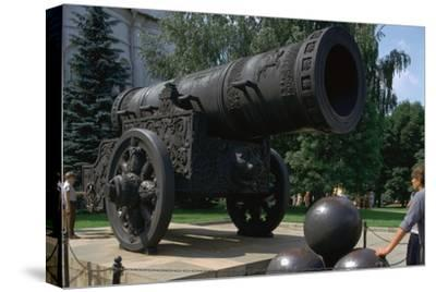 The Tsar's Cannon, the largest cannon in the world. Artist: Unknown-Unknown-Stretched Canvas Print