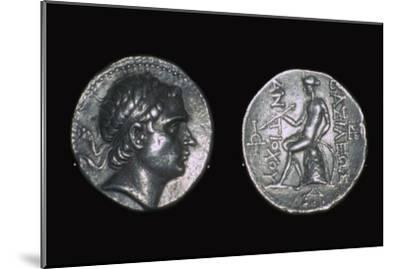 Silver four drachms of King Antiochus III. Artist: Unknown-Unknown-Mounted Giclee Print
