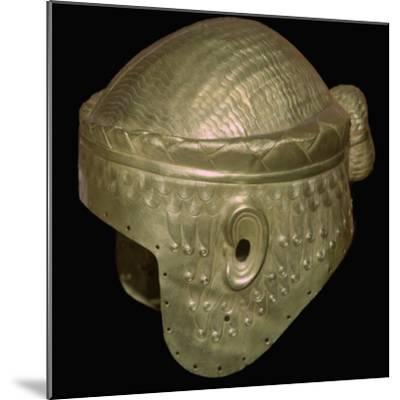 Babylonian helmet of Prince Meskalamdur. Artist: Unknown-Unknown-Mounted Giclee Print