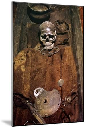 Early bronze age burial from Denmark, 16th century BC. Artist: Unknown-Unknown-Mounted Giclee Print