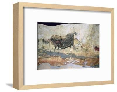 La Scaux cave painting of Aurochs. Artist: Unknown-Unknown-Framed Photographic Print