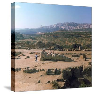 Greek temple of Olympian Zeus on Sicily, 5th century. Artist: Unknown-Unknown-Stretched Canvas Print