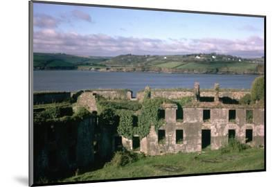 Charles Fort near Kinsale in County Cork, 17th century. Artist: Unknown-Unknown-Mounted Photographic Print
