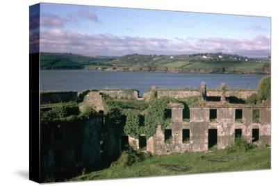Charles Fort near Kinsale in County Cork, 17th century. Artist: Unknown-Unknown-Stretched Canvas Print
