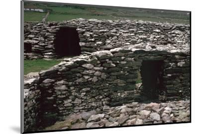 Promontary fort on the Dingle peninsula, 6th century BC. Artist: Unknown-Unknown-Mounted Photographic Print