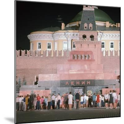 Lenin's Tomb. Artist: Unknown-Unknown-Mounted Photographic Print