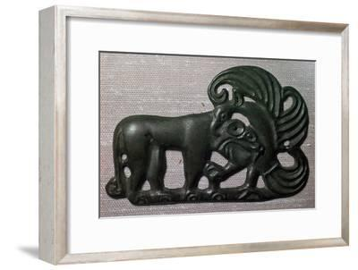 Chinese bronze harness plaque of a tiger and gryphon, 2nd century BC-Unknown-Framed Giclee Print