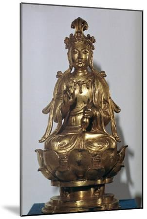A gilt-bronze statuette of a Bodhisattva on a lotus leaf, 10th century-Unknown-Mounted Giclee Print