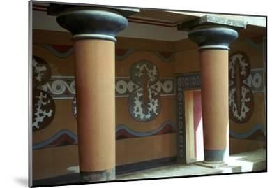 Fresco of shields in the grand stairway at Knossos, 18th century BC-Unknown-Mounted Giclee Print