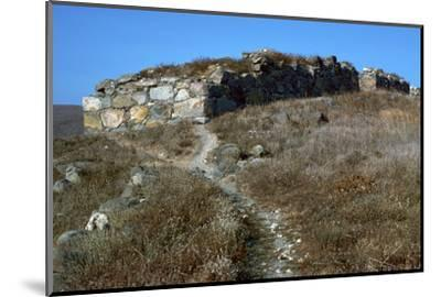 Wall of the pre-historic site at Phyllakopi on Milos, 31st century BC-Unknown-Mounted Photographic Print