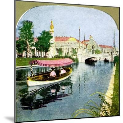 The West Lagoon from the World Fair, St Louis, Missouri, 1904. Artist: Unknown-Unknown-Mounted Giclee Print