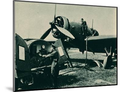 Refuelling a Wellesley Bomber, 1940-Unknown-Mounted Photographic Print
