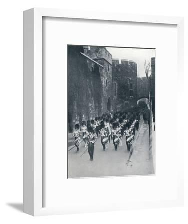 The Guards leaving the Tower of London, c1914-Unknown-Framed Photographic Print